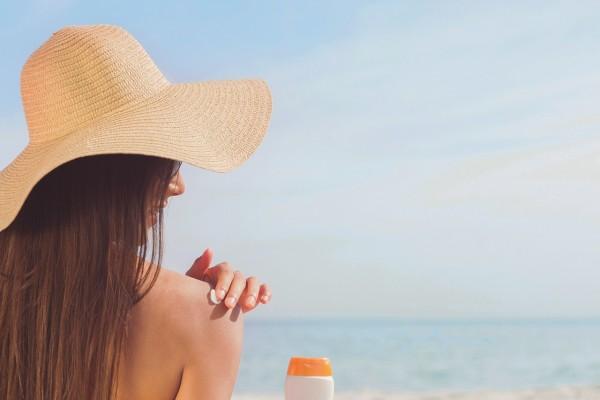 sunbather-3721835_1280